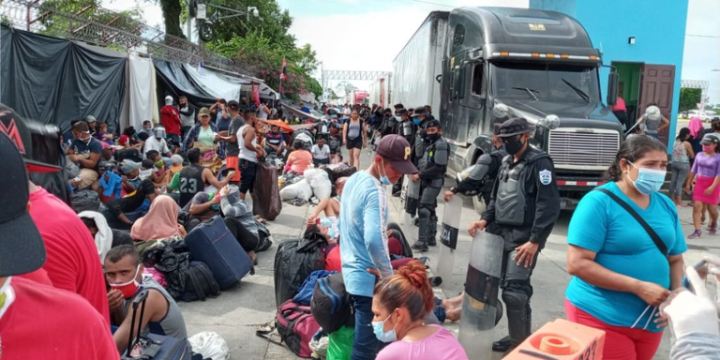 The Nicaraguan government blocks the return of hundreds of citizens to the country